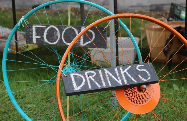 Recycled Sign made of Bicycle Wheels
